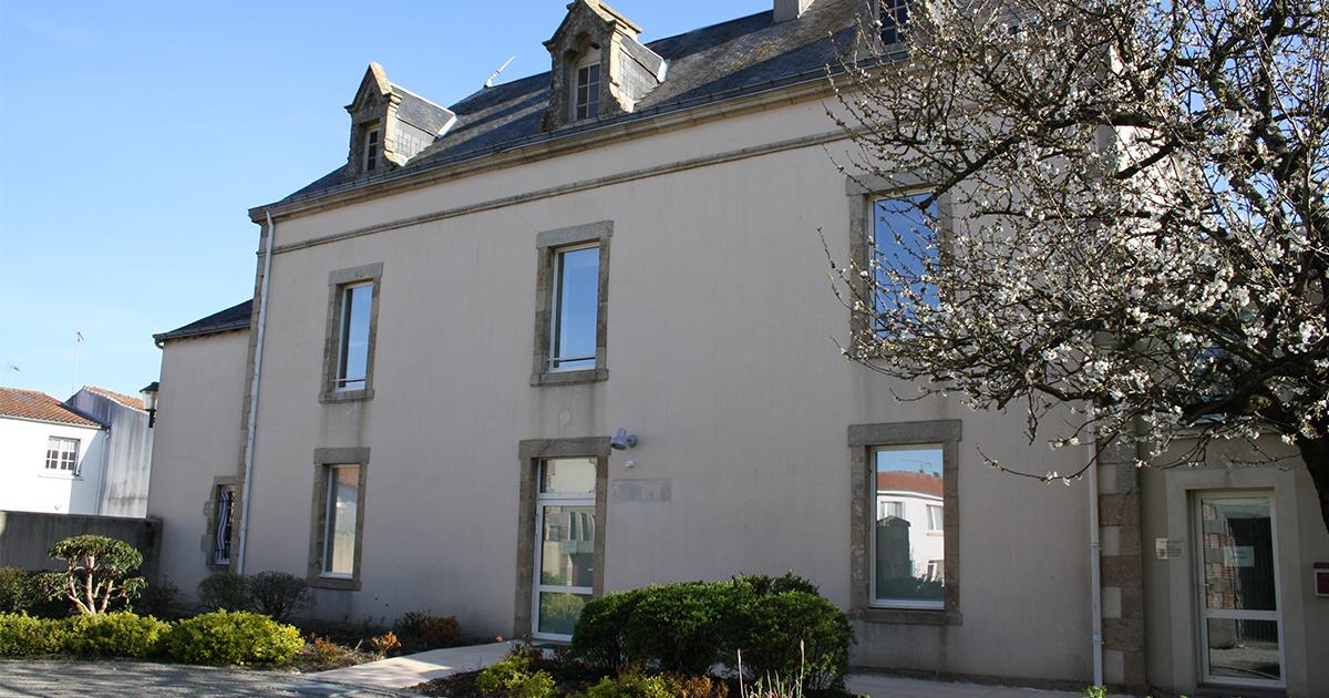 Vue extérieure de la bibliothèque de la Boissière-de-Montaigu